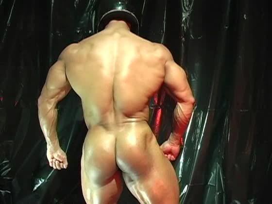 muscle ballbusting