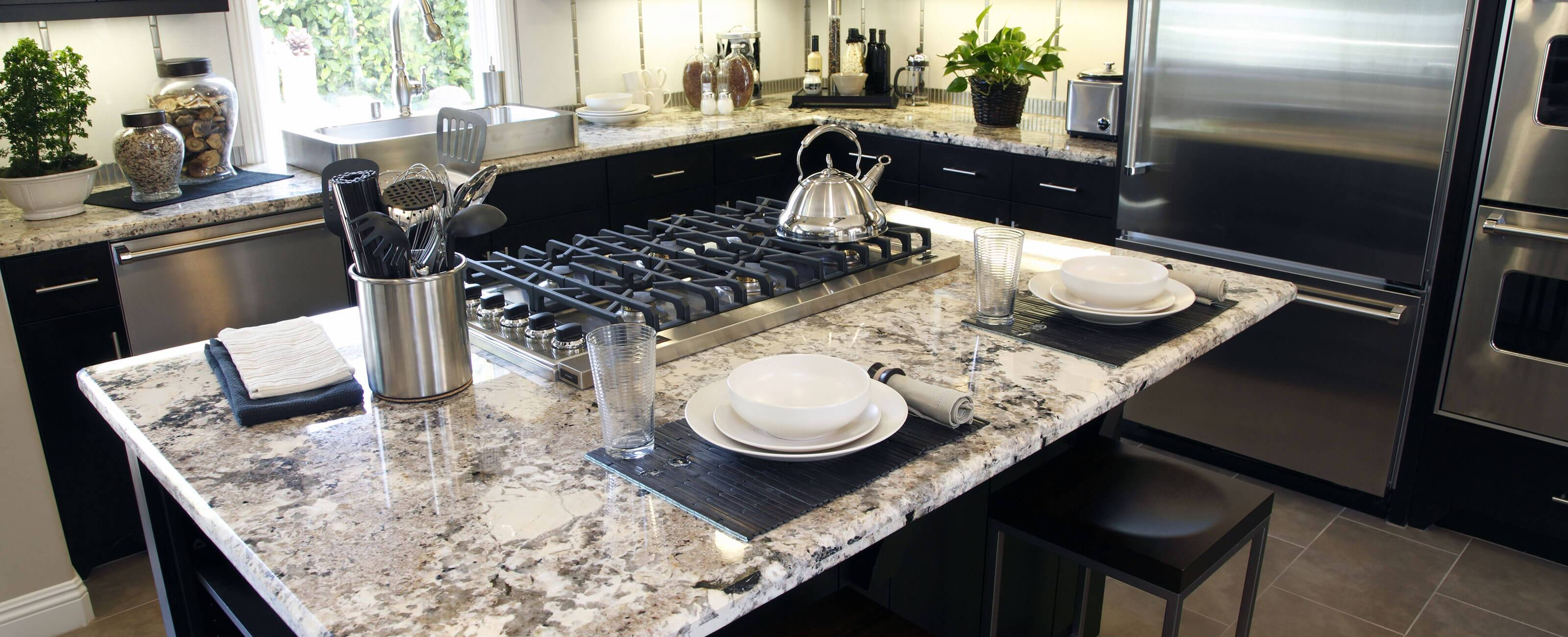 Michigan Granite Countertops - Great Lakes Granite & Marble on Dark Granite Countertops With Dark Cabinets  id=87754
