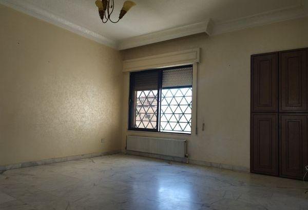 شقة مميزة للايجار في ضاحية الحج حسن