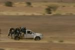 الإتجار بالبشر في شرق السودان … تواطؤ السلطات والمهربون