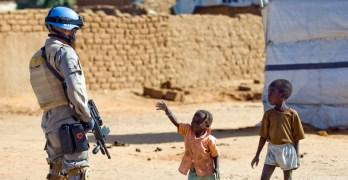 انسحاب اليوناميد: تقاطعات السياسة والتمويل تضيّع حقوق المدنيين