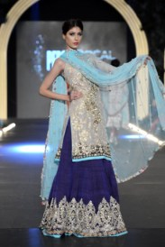 Pakistani_Bridal_Collection_2013_by_Zara_Shahjahan_1