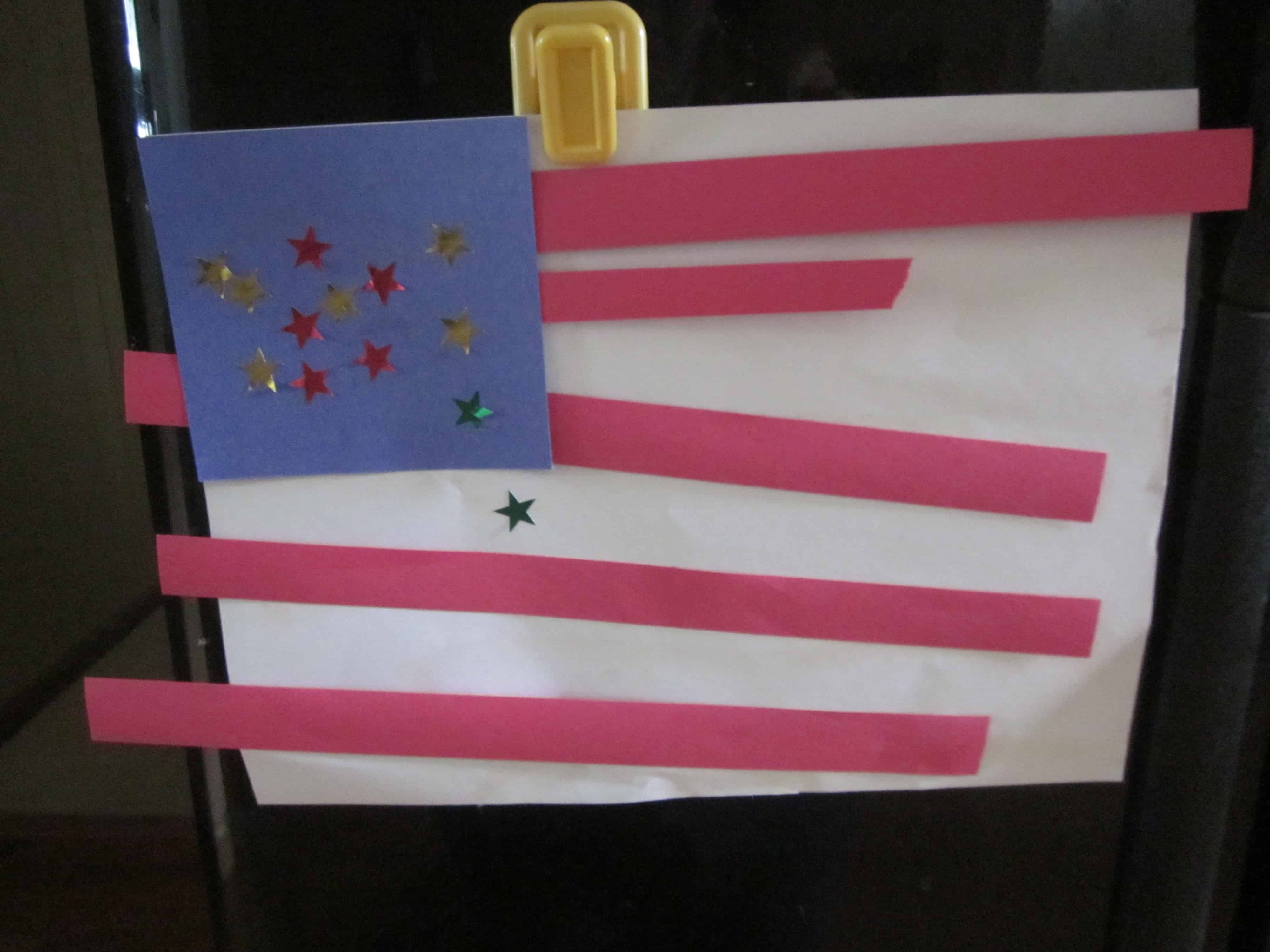 Super Simple Flag Craft For Fourth Of July Preschool Amp Toddler Crafts 3 Boys And A Dog