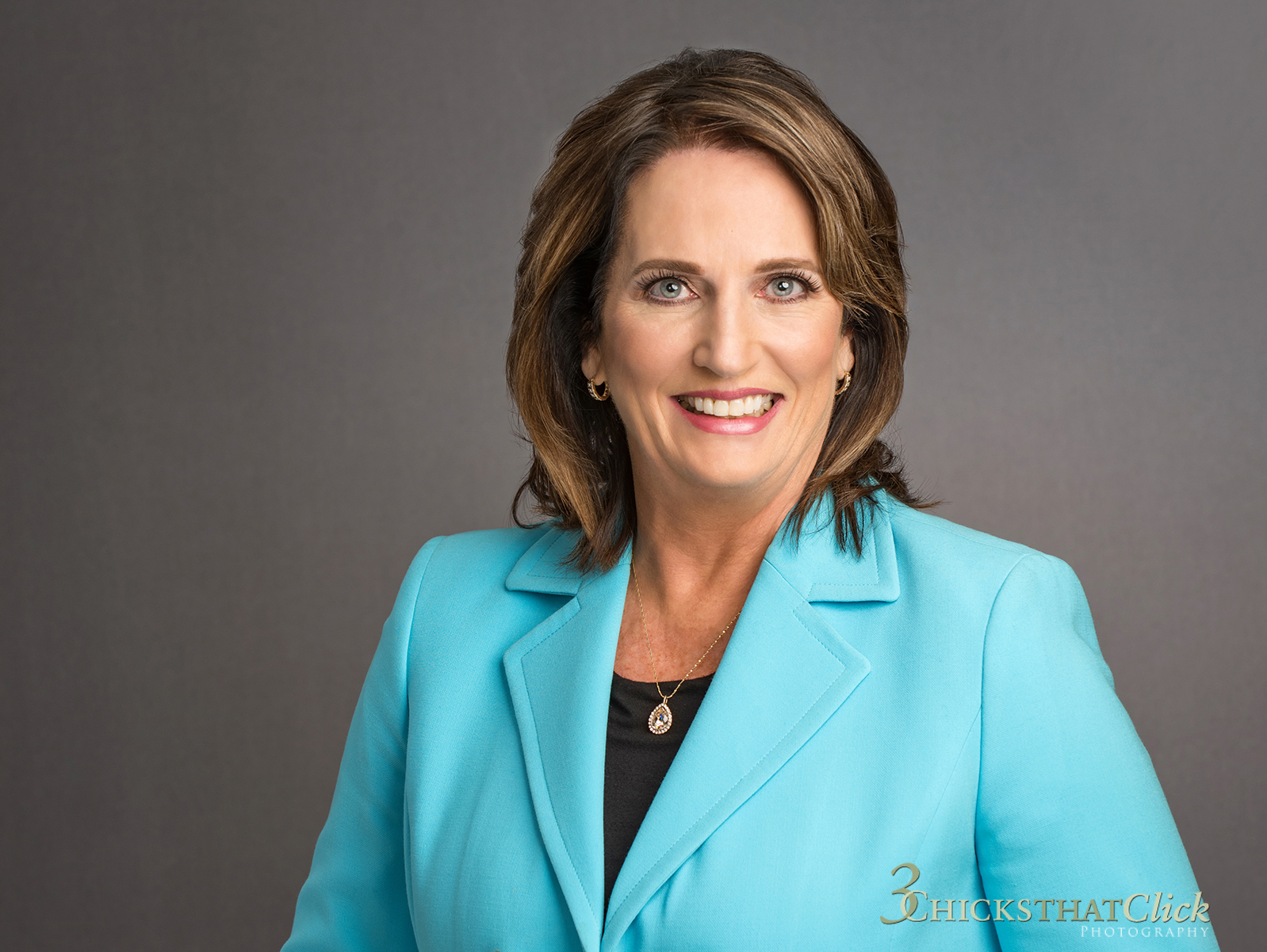 Jeanne Morgenstern, Mortgage Specialist, business woman, female executive, financial specialist, 3 Chicks That Click Photography, business branding, personal branding