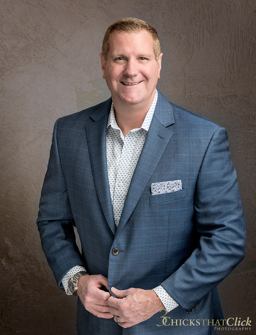 Lou Croce, VP of Sales, 3 Chicks That Click Photography, Business Executive, Male Executive, business headshot