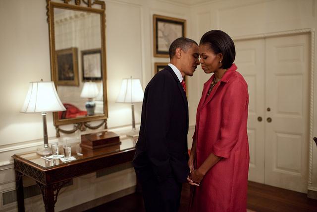 Obama Love 36