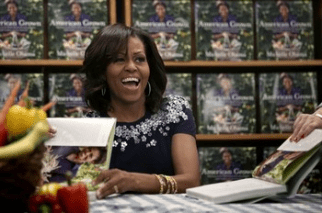 Michelle Obama book signing1