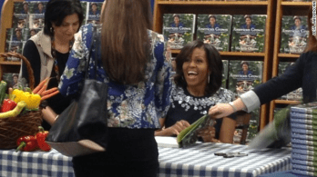 Michelle Obama book signing12