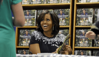 Michelle Obama book signing15