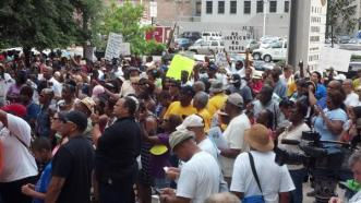 Crowd in front of NO Federal Courthouse continues to grow in Justice for Trayvon Martin rally.
