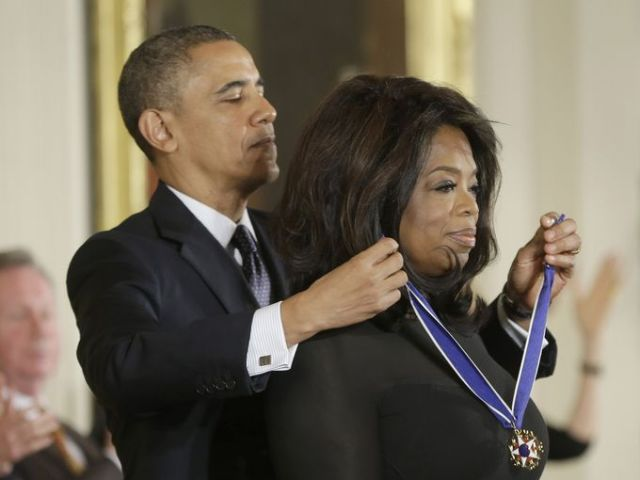 OPRAH-1384970711011-Obama-Medal-of-Freedom-DCPM110-WEB349910