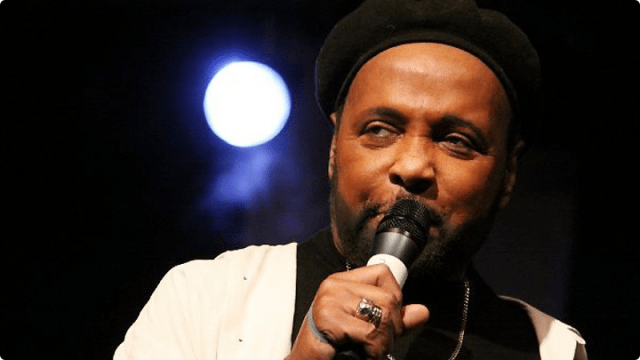 080212-shows-sunday-best-andrae-crouch