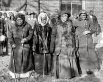 1916-Four-women-Reunion-300x239