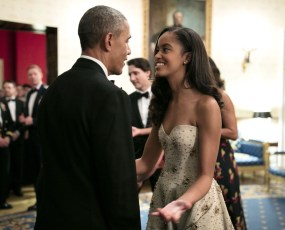 Malia and Sasha at Canadian State Dinner 2016-6