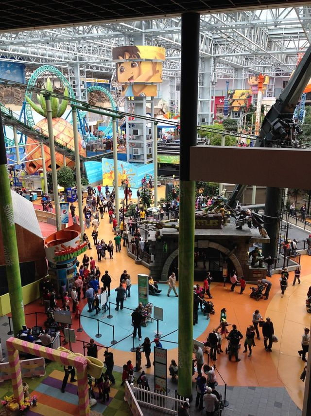 amusement_park_at_mall_of_america