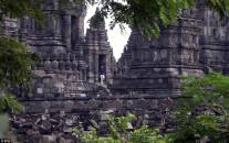 Obama walks down some steps as he leaves the vast Prambanan Temple in Central Java - his second visit to a temple in two days Read more: http://www.dailymail.co.uk/news/article-4649902/Obama-waves-performs-traditional-Hindi-greeting.html#ixzz4lYHhfSFE Follow us: @MailOnline on Twitter | DailyMail on Facebook