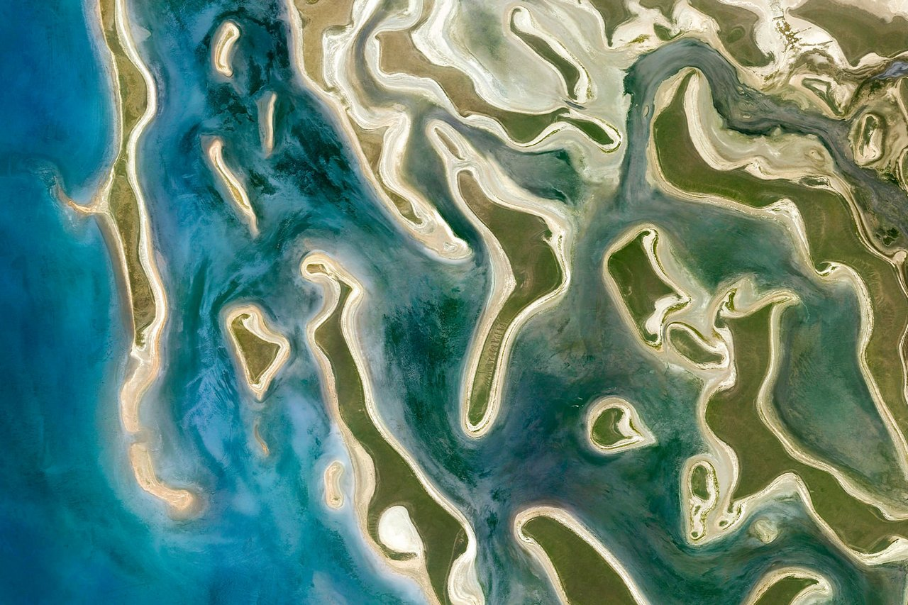 Google earth view 帶你從外太空看地球
