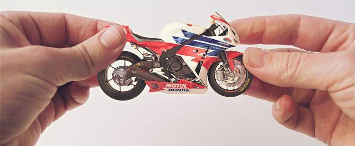 "Honda ""Hands"""