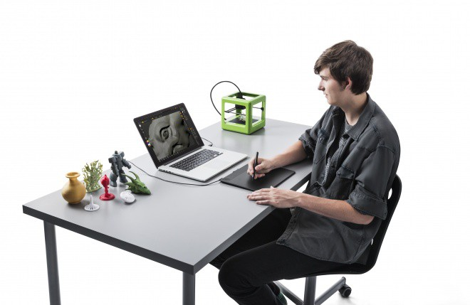 Intuos 3D_InUse