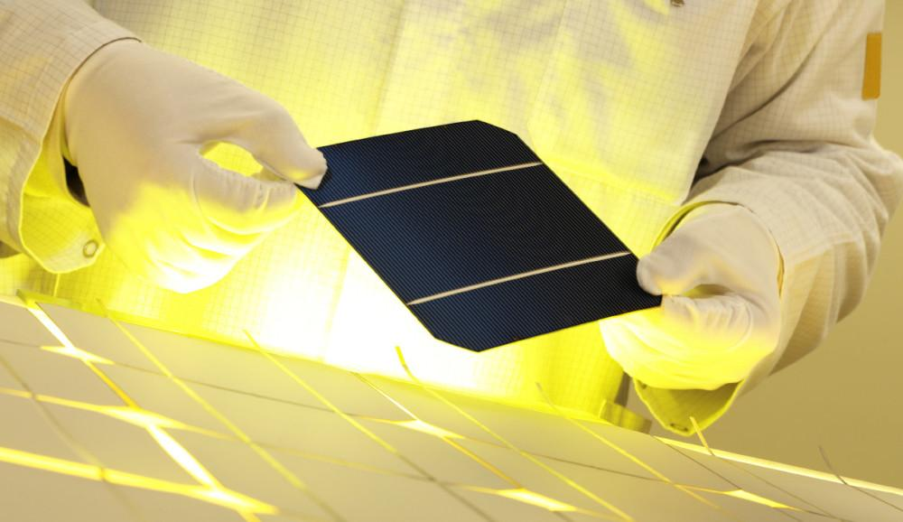 Solar cells made with Sicrys inks.