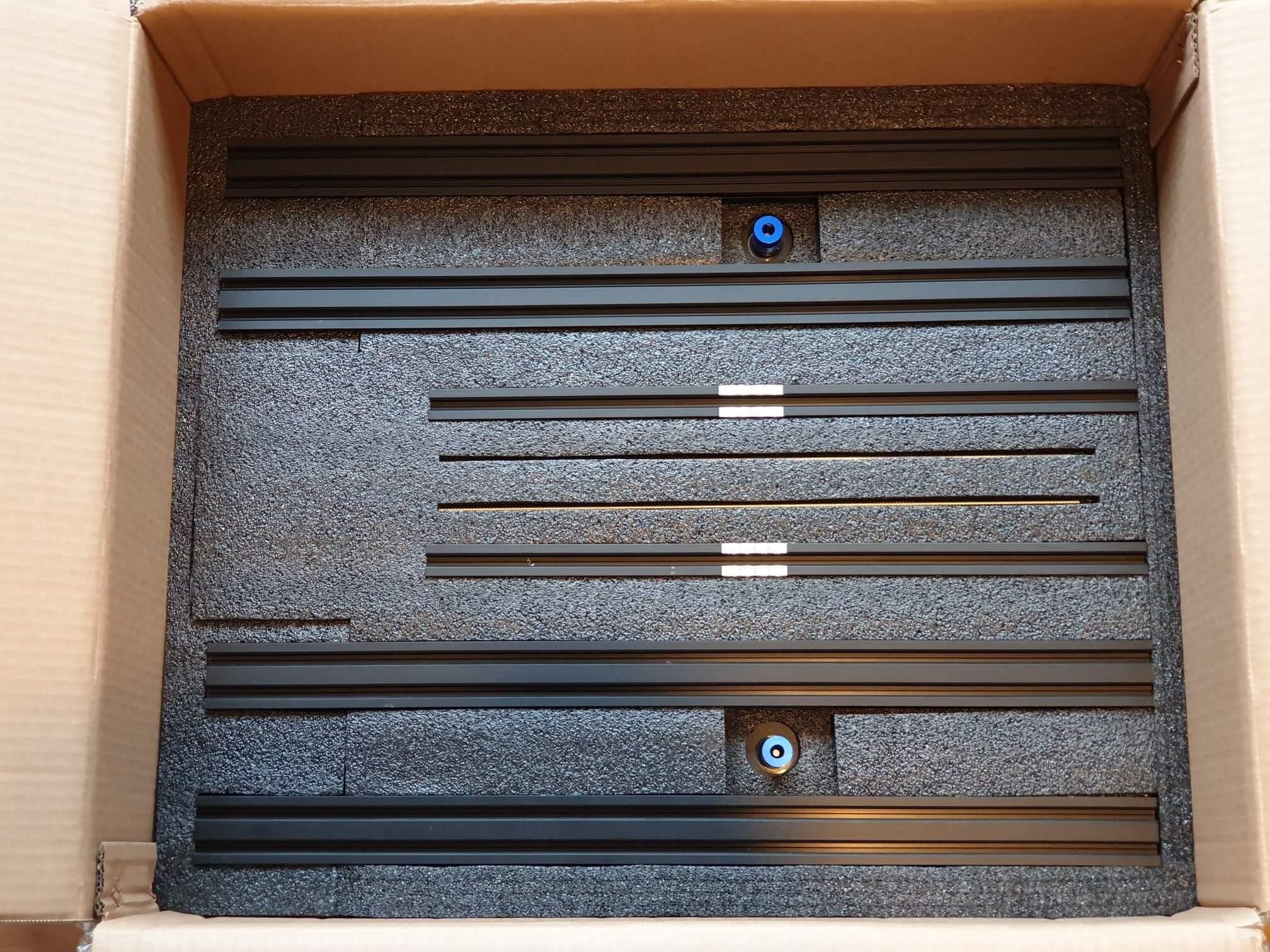 Sapphire Plus packaging (4)