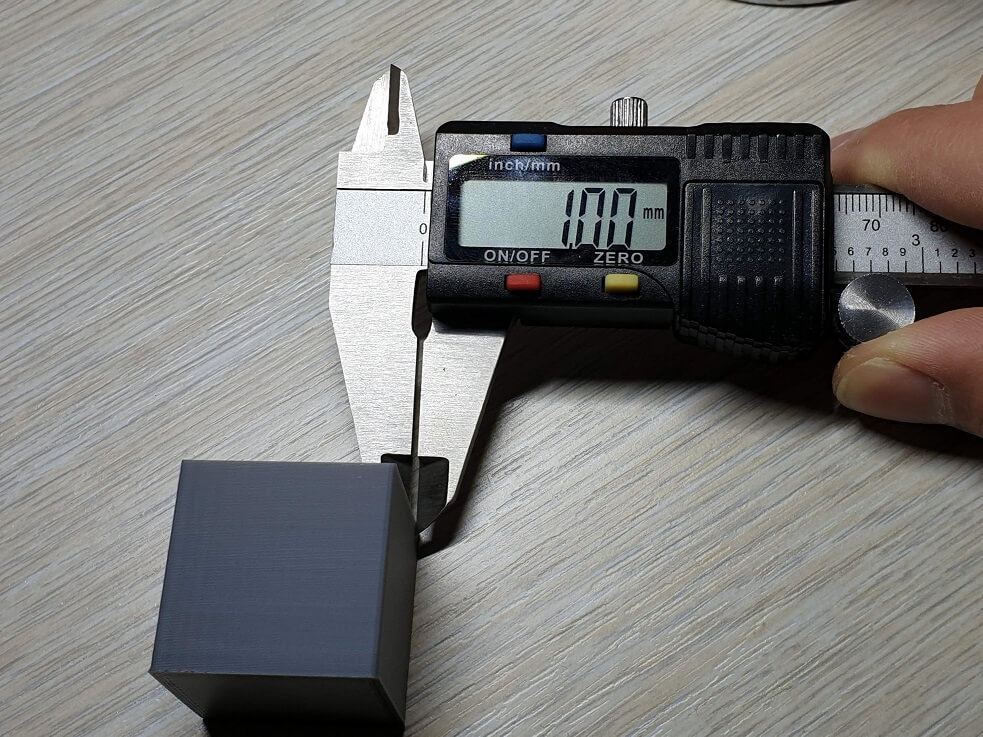 Wall width measurement for Flow Calibration
