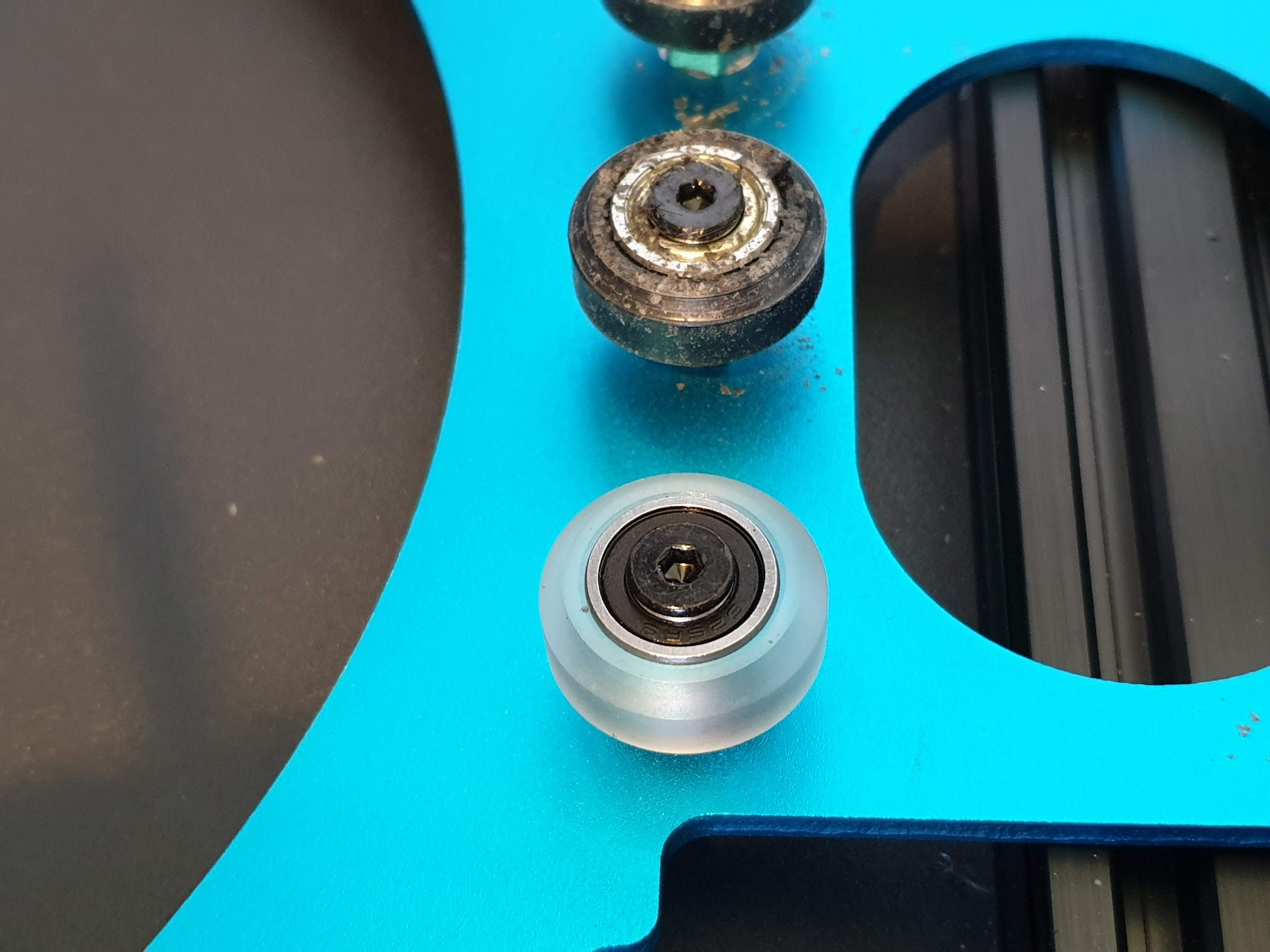 Polycarbonate-V-Slot-Wheels-Sidewinder-X1-upgrades-3