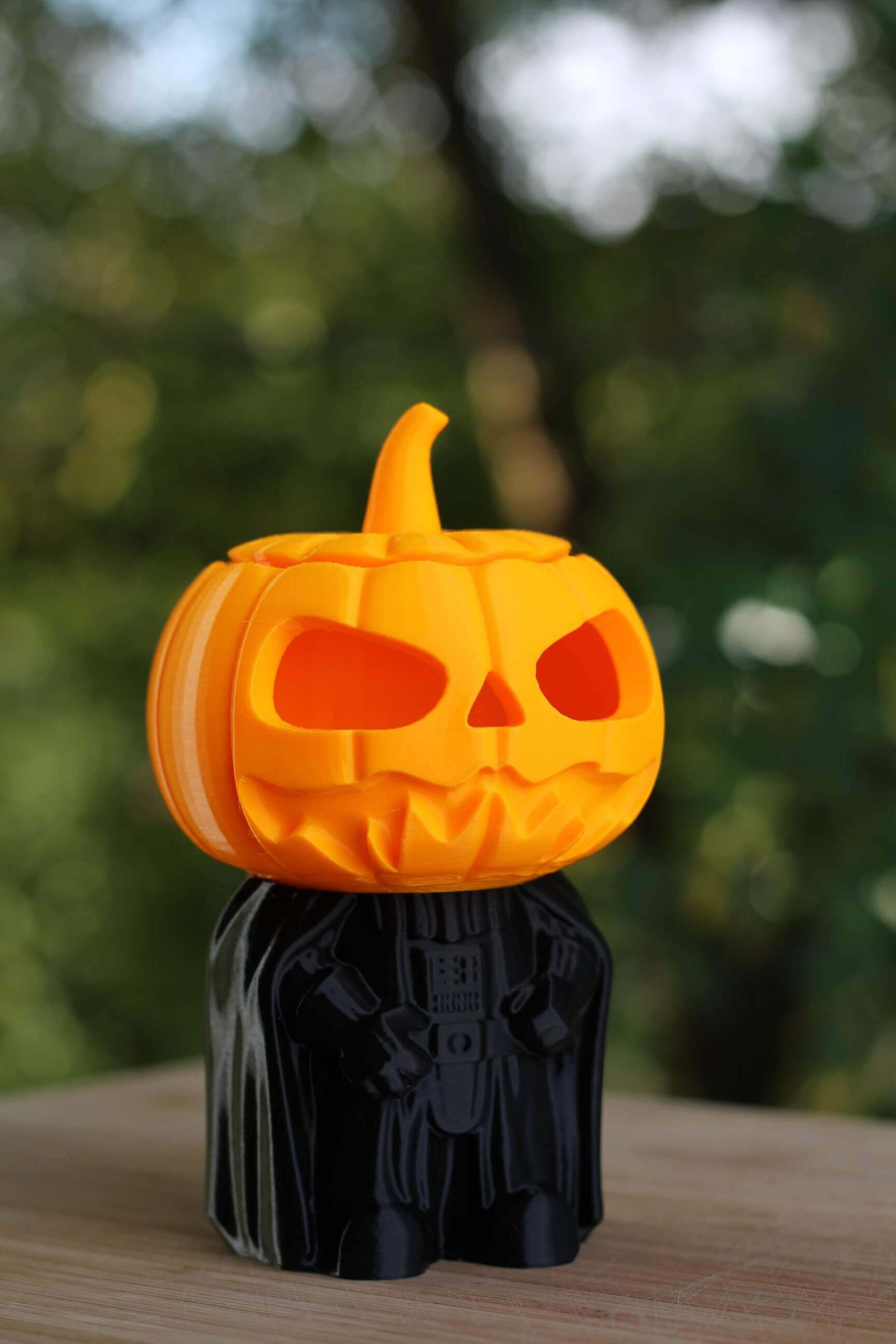 Darth-Pumpkin-printedo-n-the-Creality-CR-6-SE-3