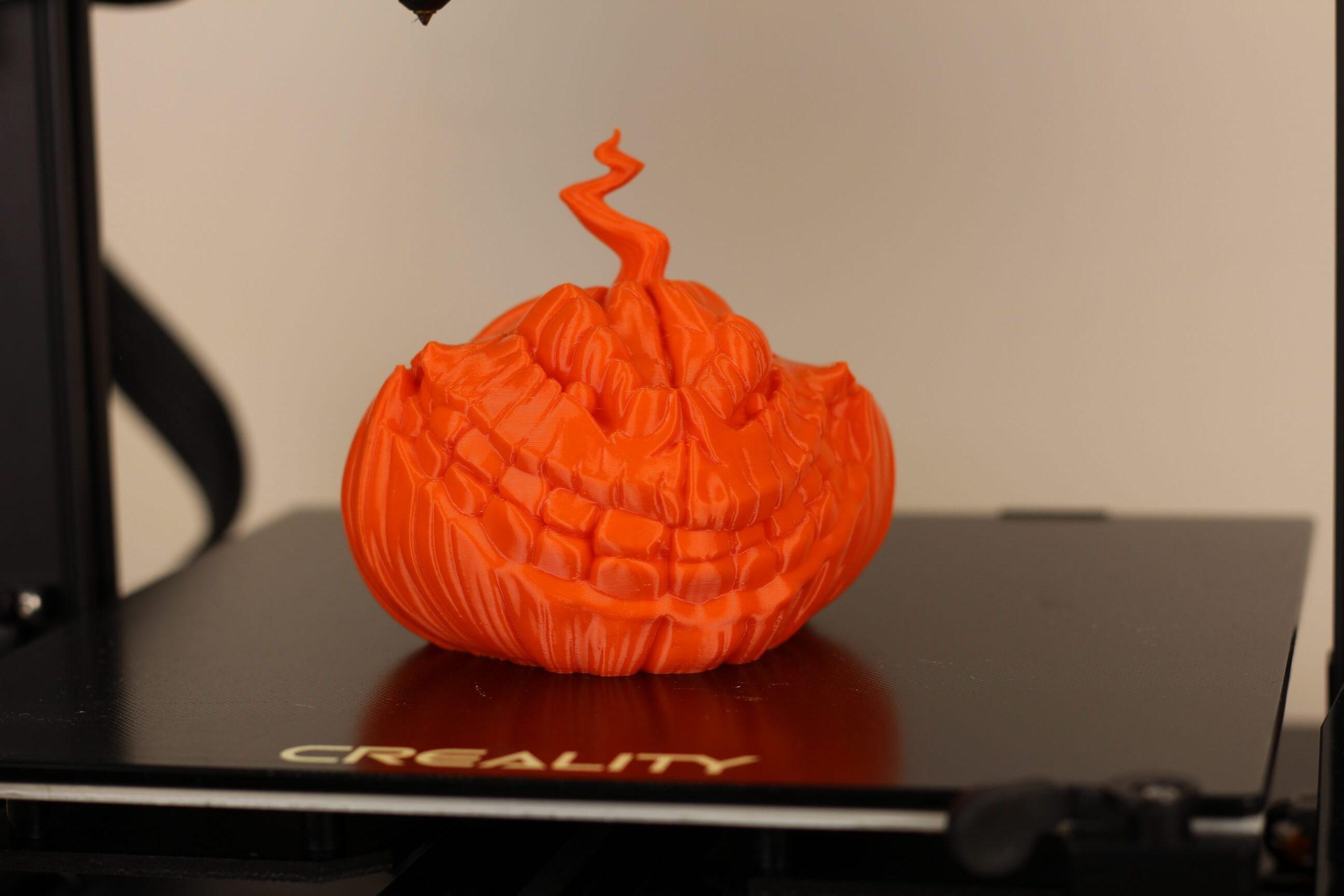 Grinning-Pumpkin-PETG-print-on-CR-6-SE-3