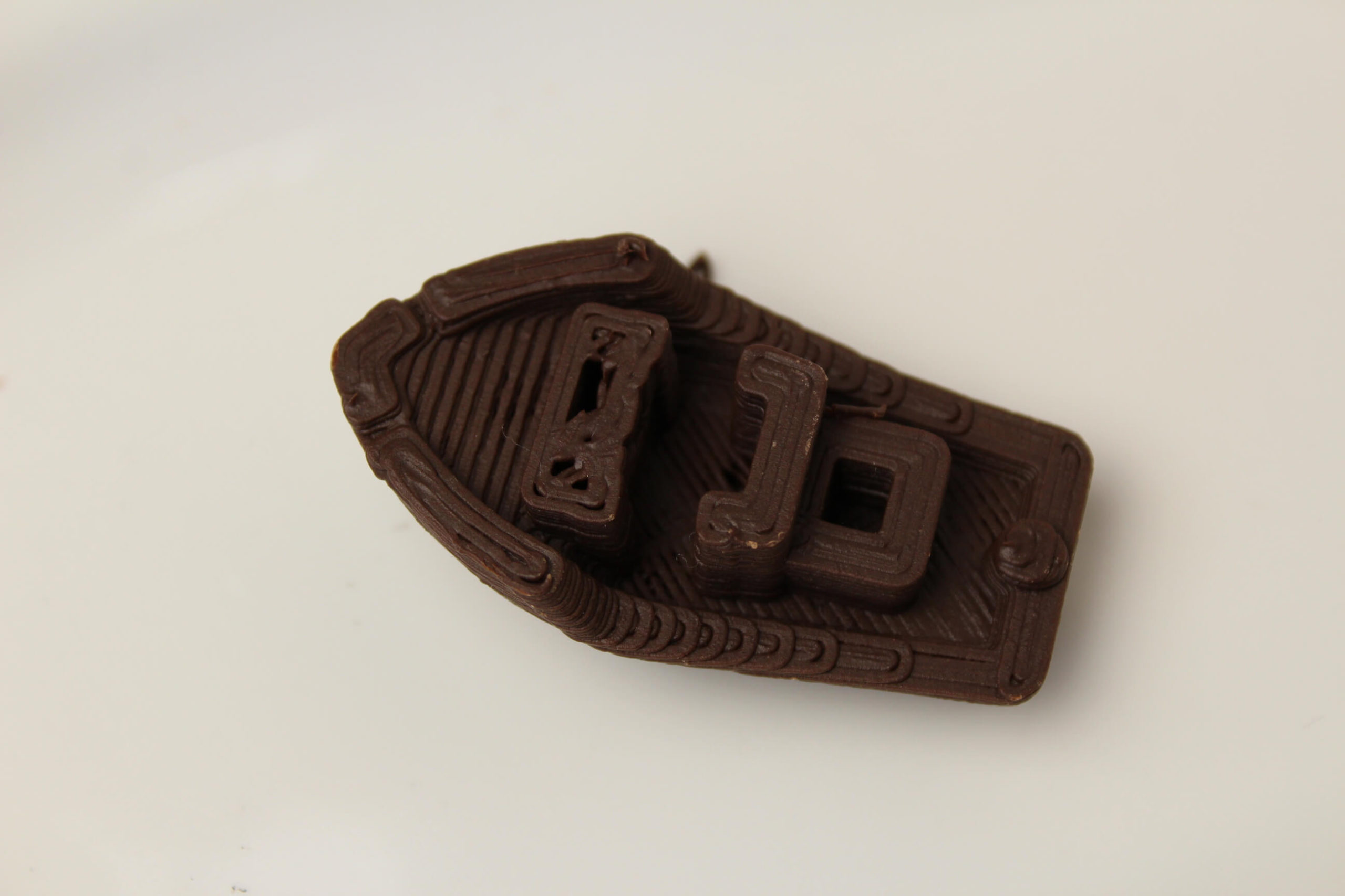 3D-Benchy-printed-on-Mycusini-Chocolate-3D-Printer-3