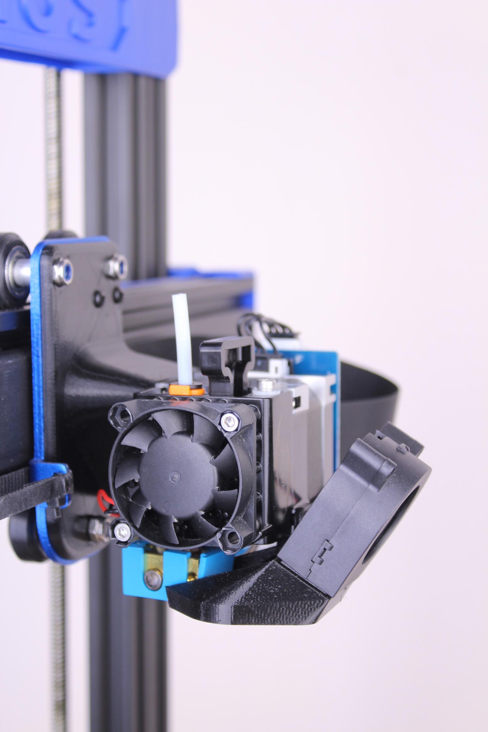 Trianglelab-Matrix-Extruder-installed-on-Artillery-Genius-2