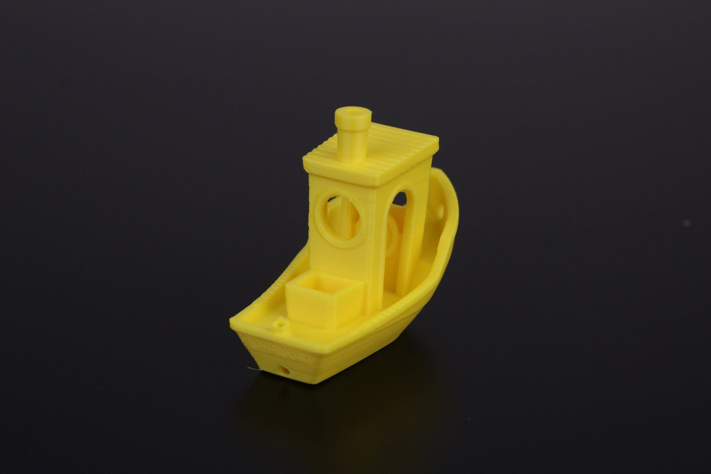 3D-Benchy-printed-in-30D-hardness-TPU-10