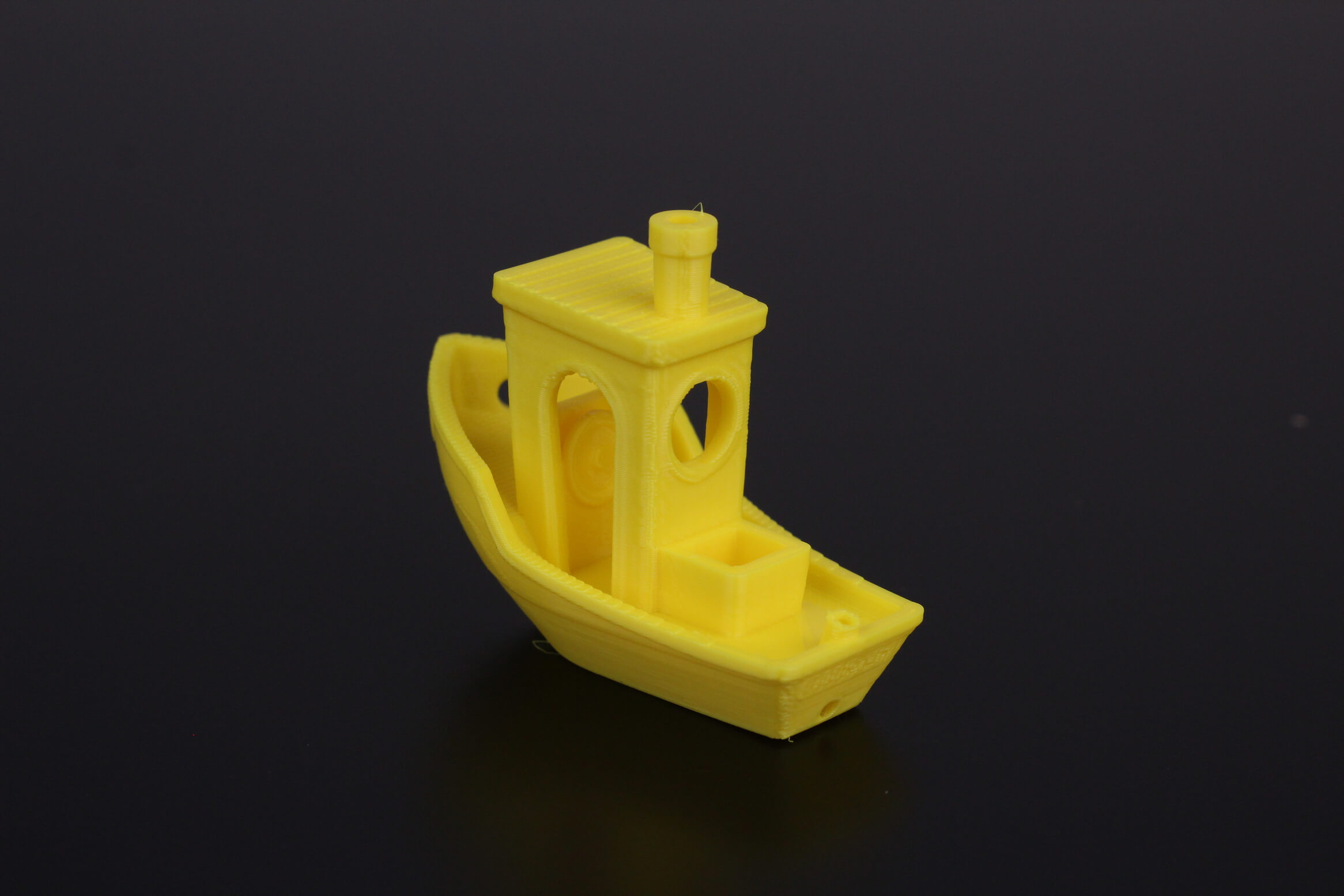 3D-Benchy-printed-in-30D-hardness-TPU-11