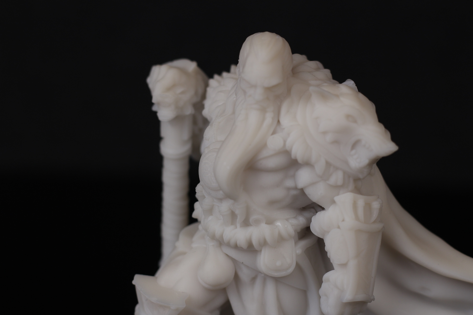 Barbarian Chieftain printed on Anycubic Photon Mono X 3 | Anycubic Photon Mono X Review - Large Format Resin 3D Printer