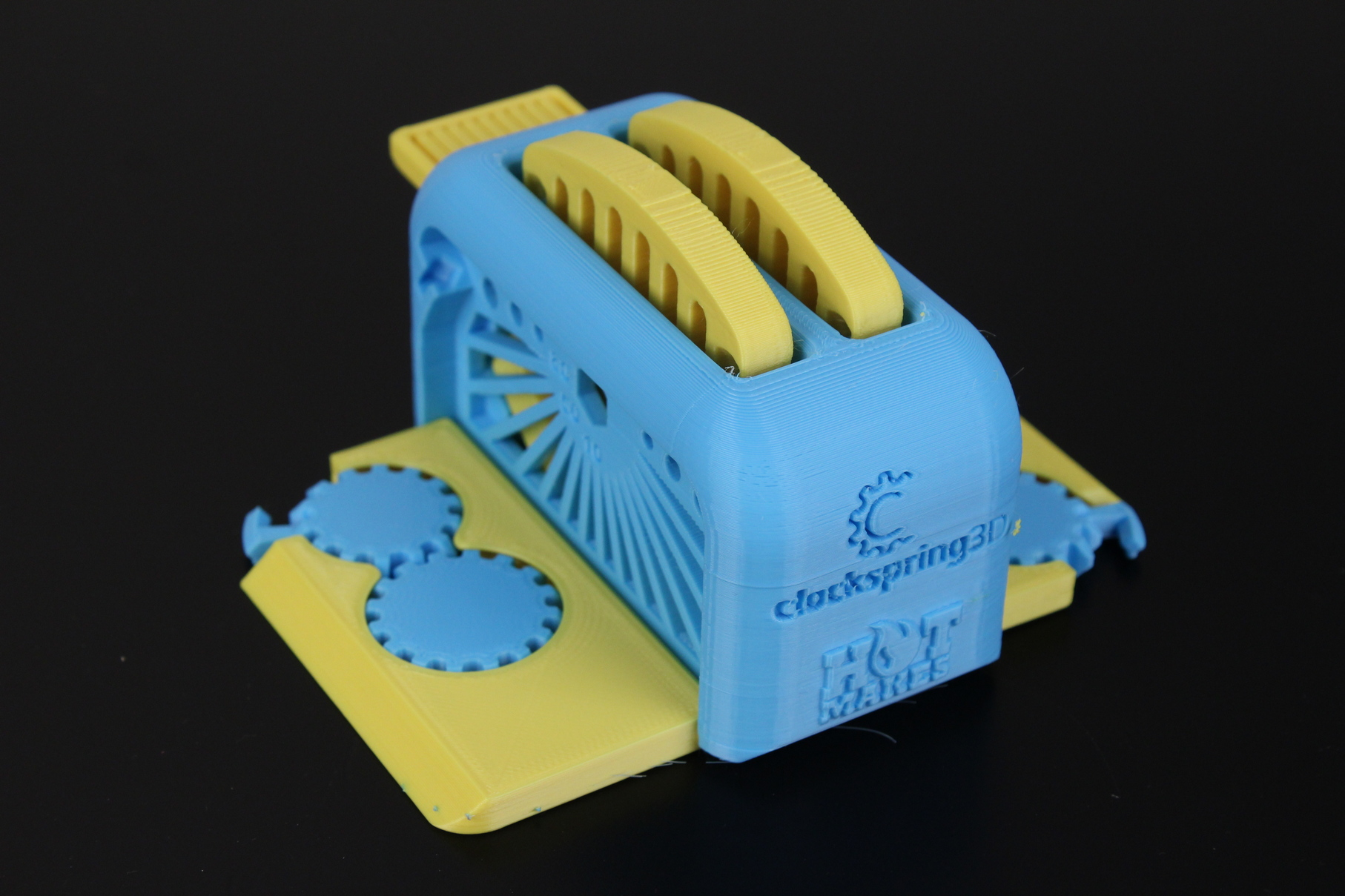 Dual-Color-Torture-Toaster-on-Flashforge-CP2-6