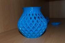 Vase (Seite die gegenüber des Kühlers ausgerichtet war)
