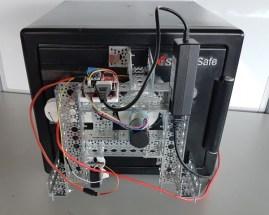 3d-gedruckter_roboter_knackt_safe1