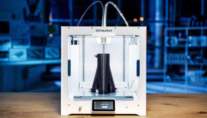 ultimaker s5 large 3d printer