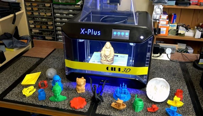 QIDI Tech X-Plus a great 3d printer for beginners as it requires little set up and is reliable