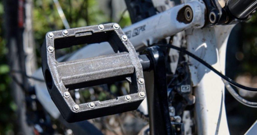Nylon carbon fiber filament bike pedal finished
