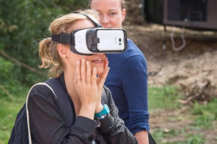toa immersive VR