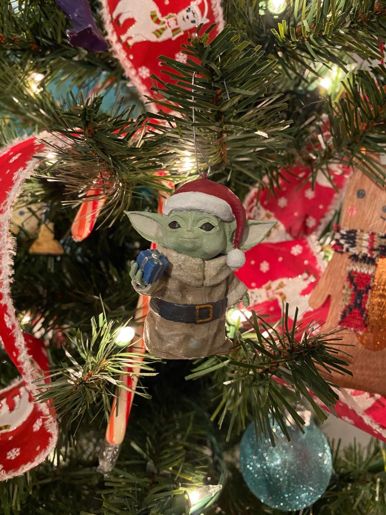 3D printed Santa themed Baby Yoda