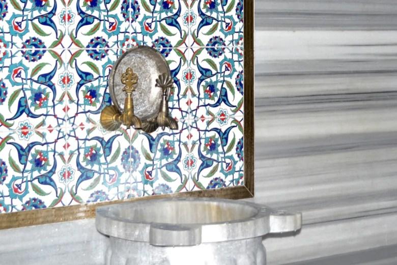 GOLDEN HANDS HAMAM AND SPA STUDIO  IN MAHMUTLAR THE DECORATIVE FEATURES OF THE HAMAM