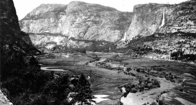Black and white valley | Yosemite National Park Camping | Survival Life National Park Series