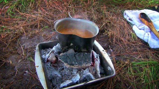 Bring Stove or Make Campfire   Tips For Backpack Camping In The Rain