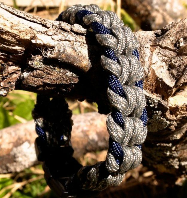 Oat Spike Paracord Survival Bracelet   How To Make Paracord Survival Bracelets   DIY Survival Prepping