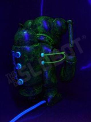 mikeslobot_spaceace7_blacklight2
