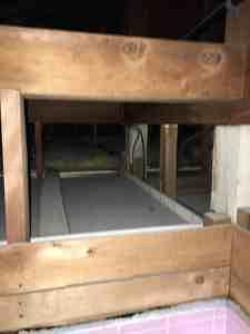 コンセントの増設。浴室の天井裏から各部屋の天井裏へ電線のアクセス可能