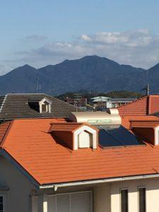 山の見晴らしも良い。皿倉山電波送信所まで遮るもの一切なし。