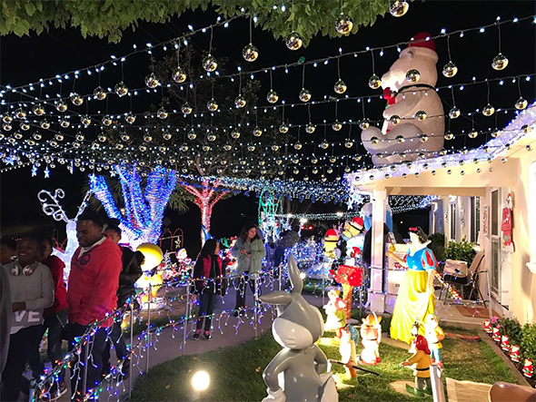 Vallejo S Christmas House Is Worth The Drive 510 Families